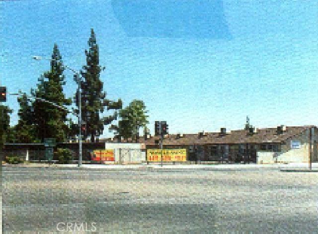 4518 E Fountain Way, Fresno, CA 93726