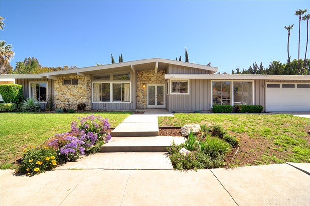5834 Kentland Avenue, Woodland Hills, CA 91367
