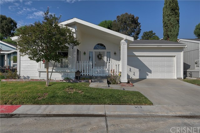 20233 Edgewater Drive, Canyon Country, CA 91351 Photo