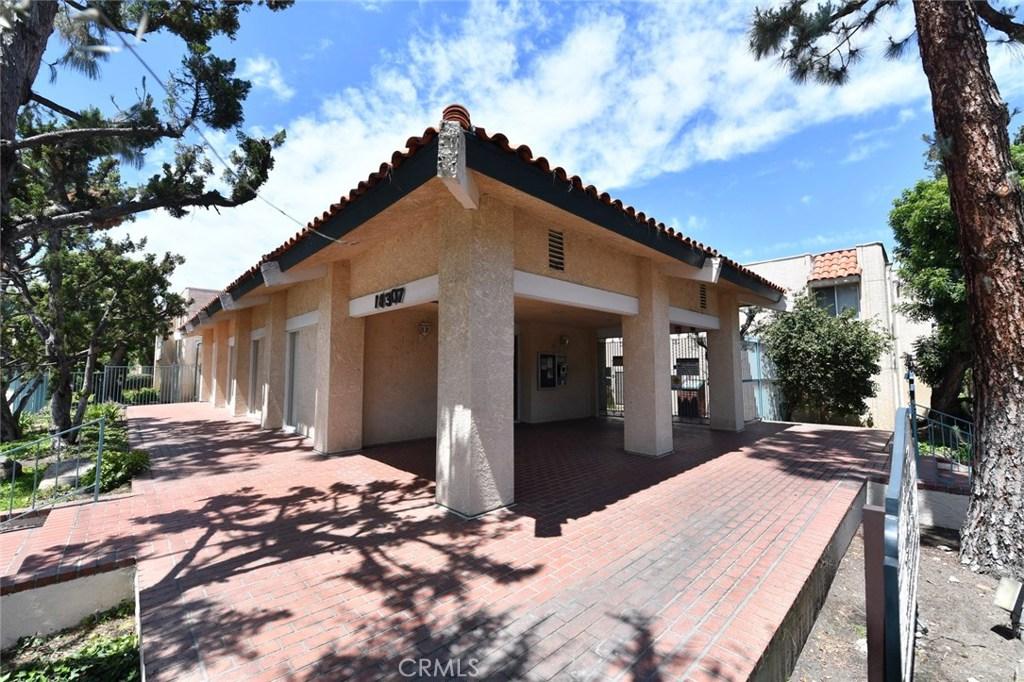 Photo of 18307 BURBANK Boulevard #24, Tarzana, CA 91356