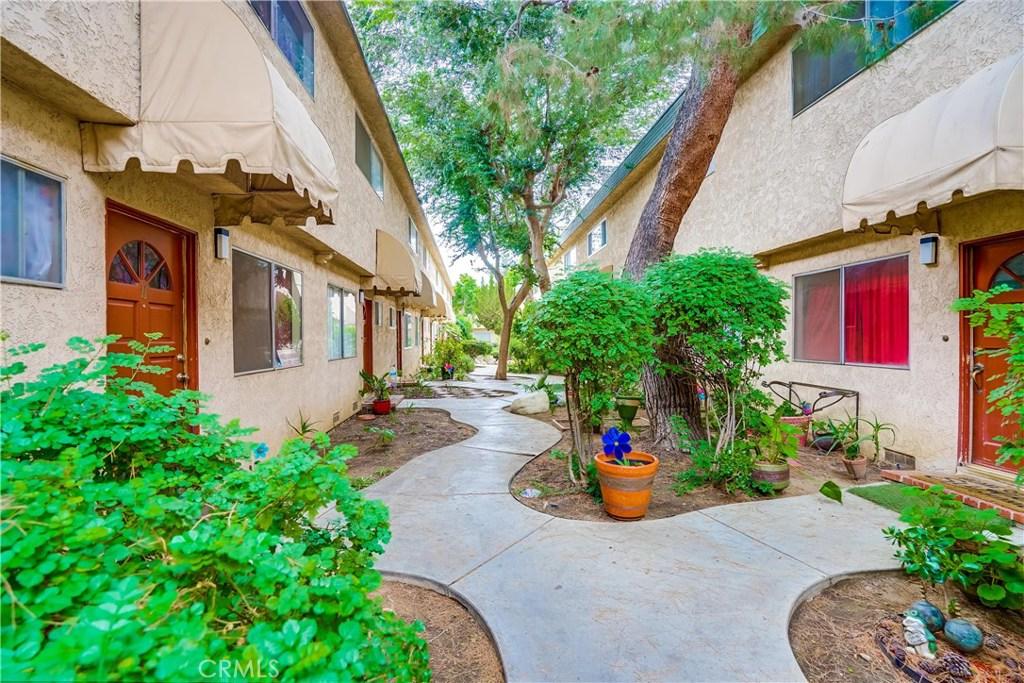 Photo of 17045 ROSCOE BOULEVARD #20, Northridge, CA 91325