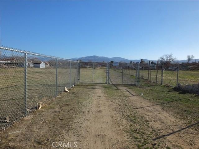4040 E S Avenue E, Palmdale, CA 93552