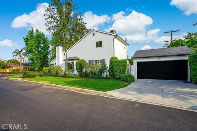 40. 4961 Stern Sherman Oaks, CA 91423