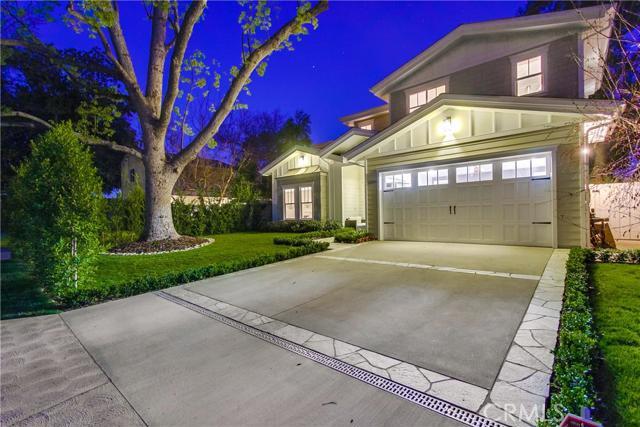 13206 Hartsook Street, Sherman Oaks, CA 91423