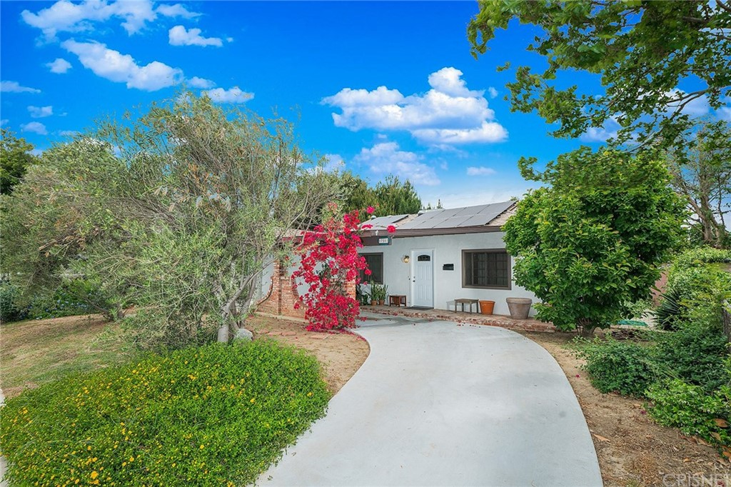 Photo of 17557 COHASSET STREET, Lake Balboa, CA 91406