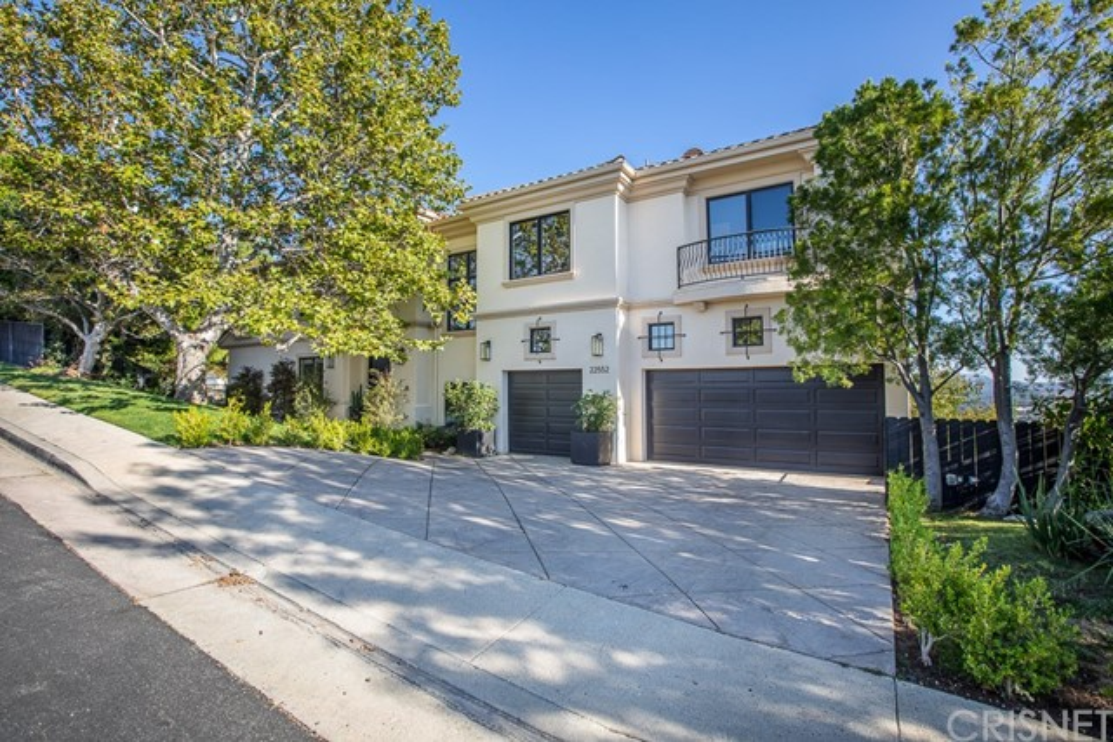 22552 S Summit Ridge Circle, Chatsworth, CA 91311