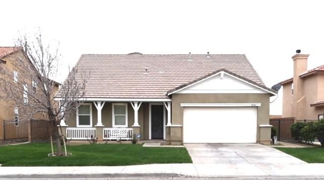 2240 Cypress Street, Lancaster, CA 93535