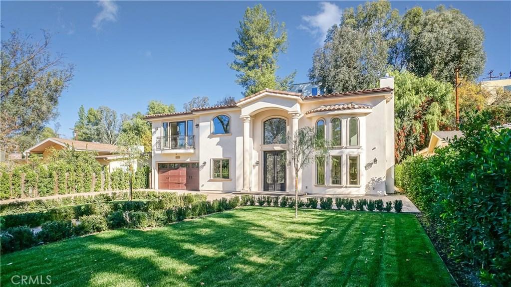 Photo of 4926 ALHAMA Drive, Woodland Hills, CA 91364