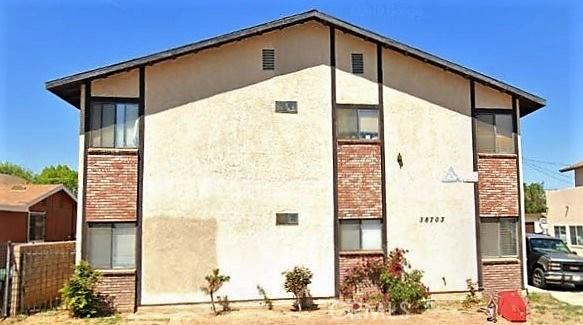 38703 Larkin Avenue, Palmdale, CA 93550
