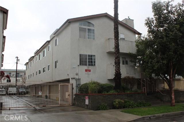 6950 Remmet Avenue 2, Canoga Park, CA 91303