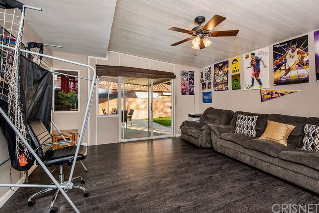 17918 Raymer St, Sherwood Forest, CA 91325 Photo 18