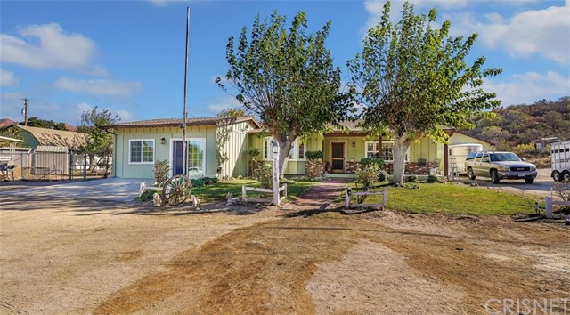28300 Oak Spring Canyon Road, Canyon Country, CA 91387