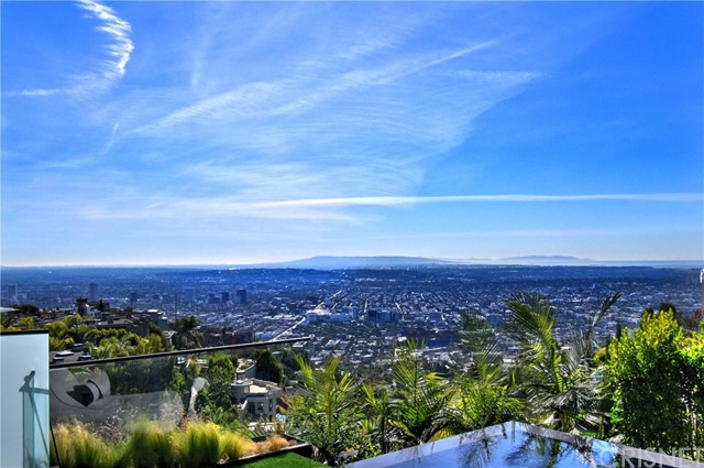 Image 22 of 1807 Blue Heights Dr, Los Angeles, CA 90069