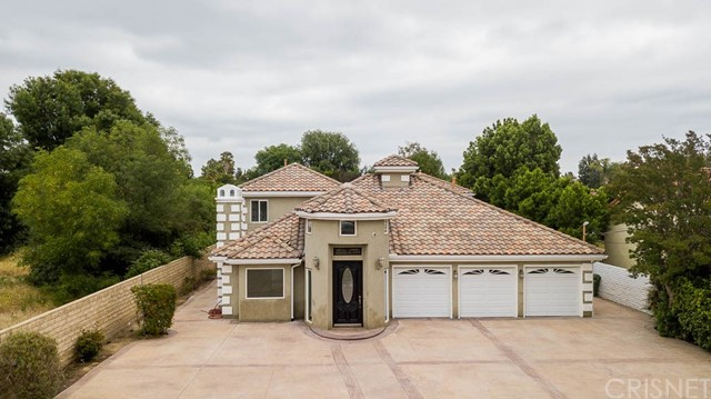 8820 Encino Avenue, Sherwood Forest, CA 91325