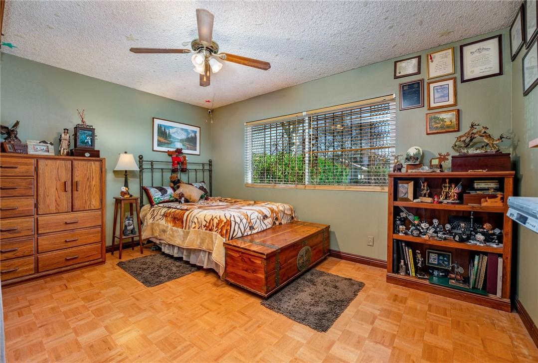 11411 Sunburst St, Lakeview Terrace, CA 91342 Photo 12
