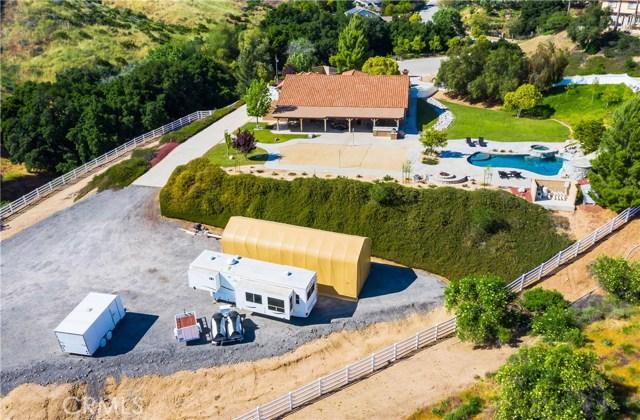 30406 Capallero Dr, Castaic, CA 91384 Photo 13
