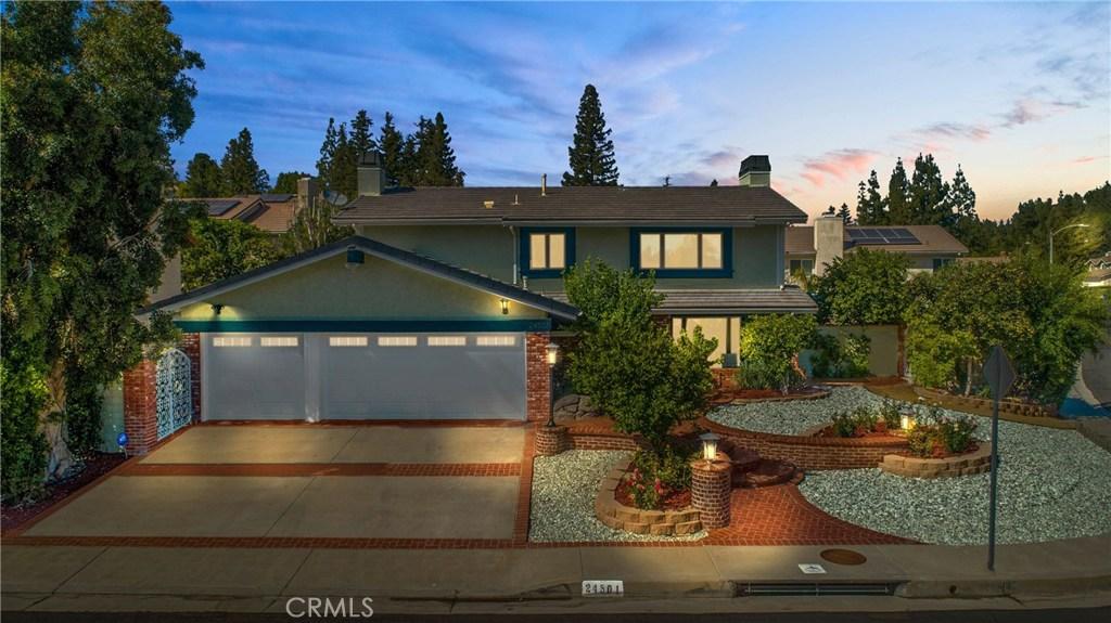 Photo of 24501 CRABAPPLE COURT, West Hills, CA 91307