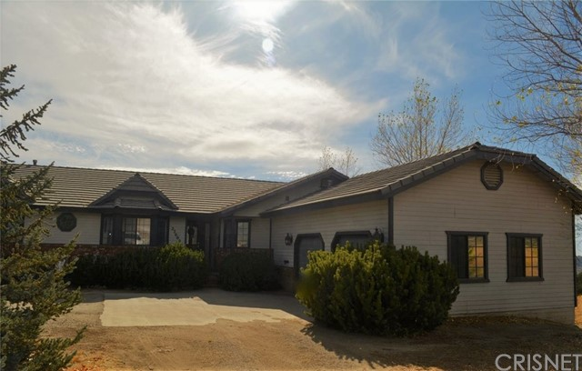 27000 Skyline Drive, Bear Valley Springs, CA 93561