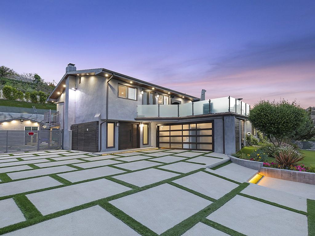 Photo of 6101 Maury Avenue, Woodland Hills, CA 91367
