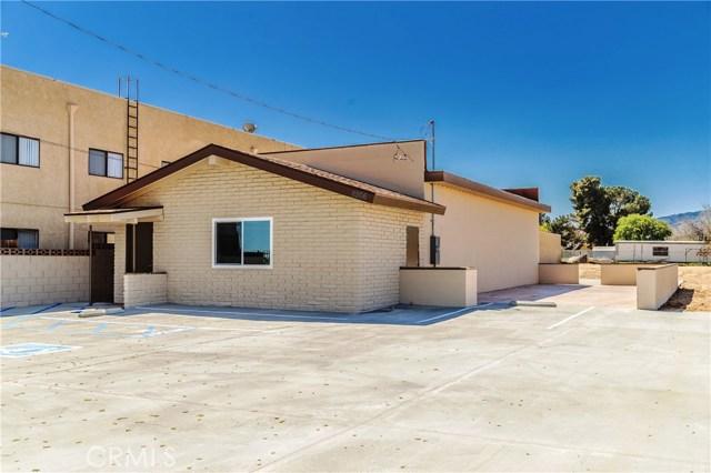 4306 W Avenue L, Quartz Hill, CA 93536