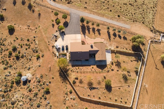 34340 Red Rover Mine Rd, Acton, CA 93510 Photo 3