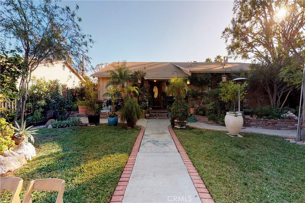 Photo of 17550 ROSCOE Boulevard, Northridge, CA 91325