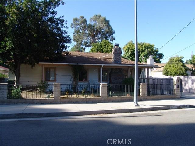 22647 Burbank Boulevard, Woodland Hills, CA 91367