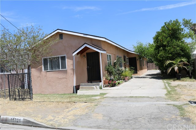 11721 Blythe Street, North Hollywood, CA 91605