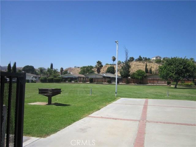 27556 Onyx Ln, Castaic, CA 91384 Photo 30