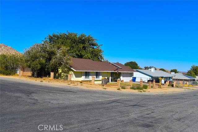 16405 Stagecoach Avenue, Lake Los Angeles, CA 93591