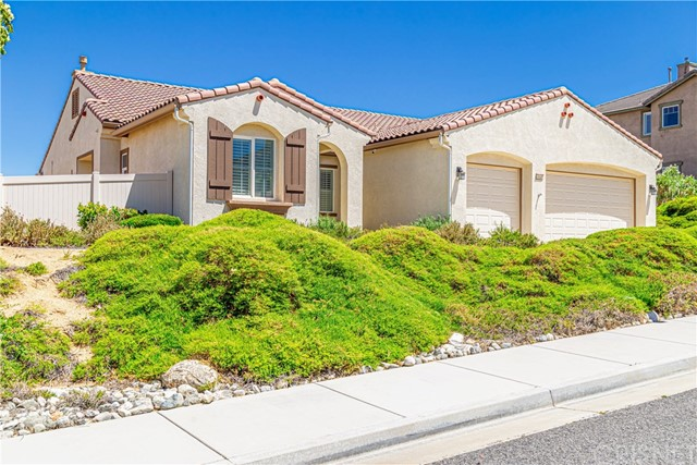 41640 Retsina Street, Palmdale, CA 93551