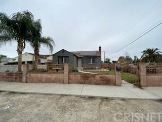 7463 Beck Avenue, North Hollywood, CA 91605