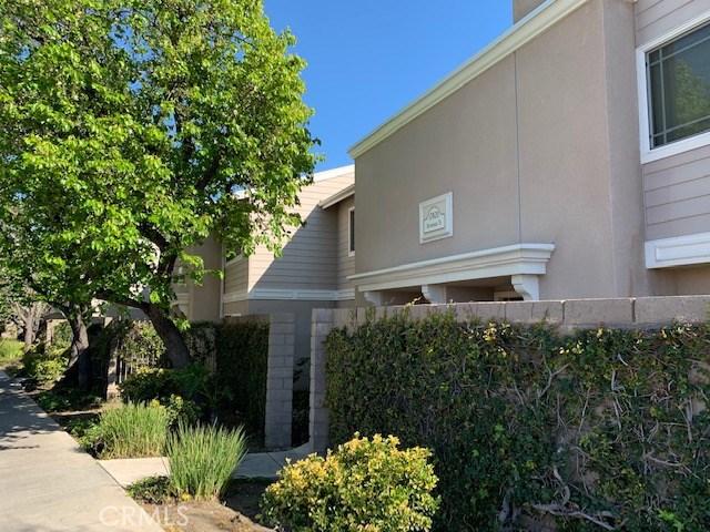 17820 Devonshire Street 6, Los Angeles, CA 91325