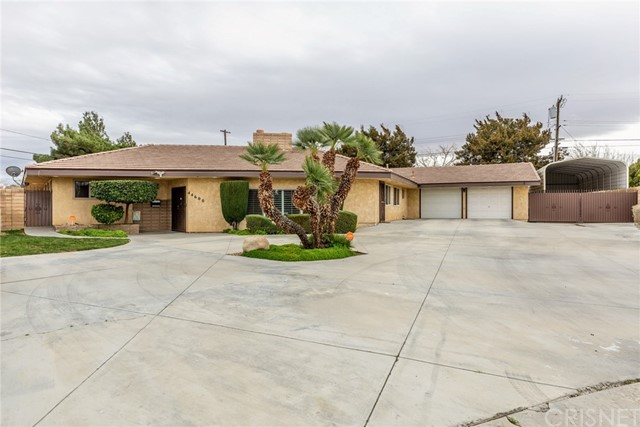 44600 Loneoak Avenue, Lancaster, CA 93534