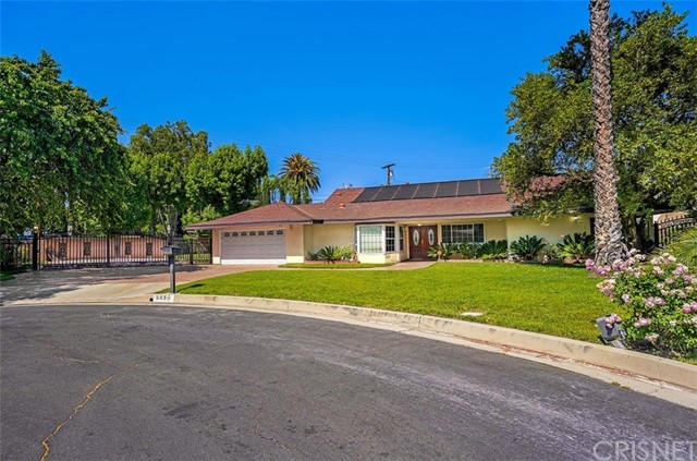 Photo of 9850 Jutland Avenue, Northridge, CA 91325