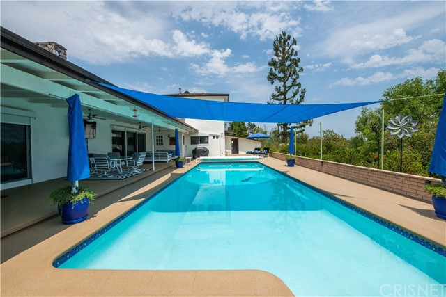 Photo of 12218 Sarazen Place, Granada Hills, CA 91344