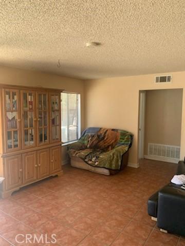 4. 37504 Oak Hill Street Palmdale, CA 93552