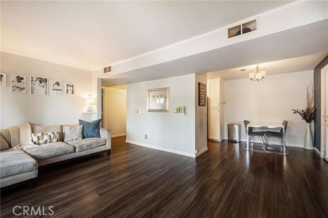 14850 Hesby Street 104, Sherman Oaks, CA 91403