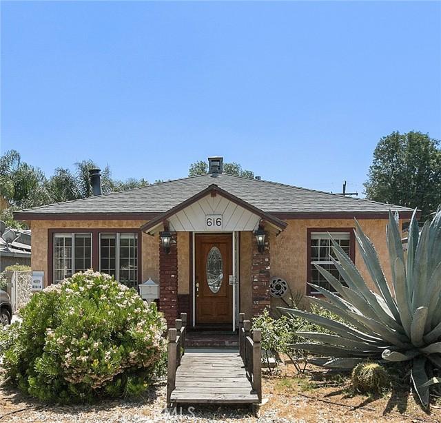 616 Hazel St, Glendale, CA 91201