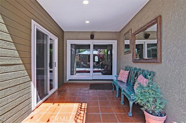 37. 5521 Van Noord Avenue Sherman Oaks, CA 91401