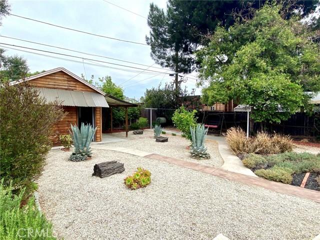 13. 11137 Califa Street North Hollywood, CA 91601