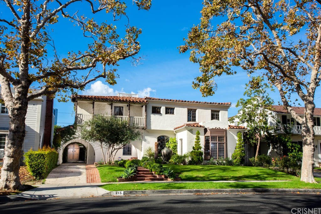 Photo of 215 SOUTH BEDFORD DRIVE, Beverly Hills, CA 90212