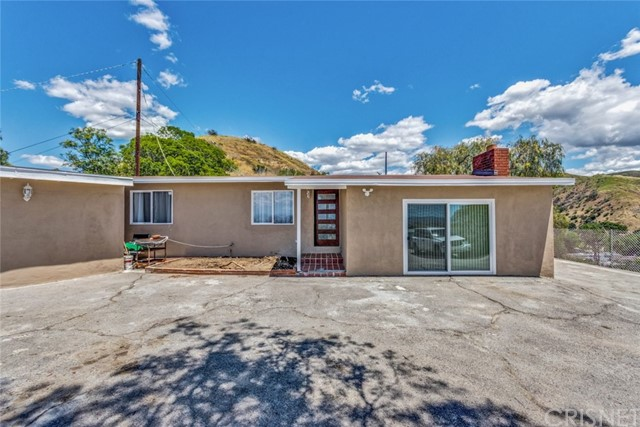 9250 Del Arroyo Drive, Sun Valley, CA 91352