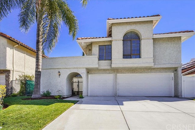 24230 Bella Court, Newhall, CA 91321