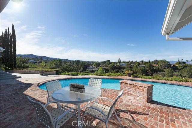 4125 Royal Crest Place, Encino, CA 91436