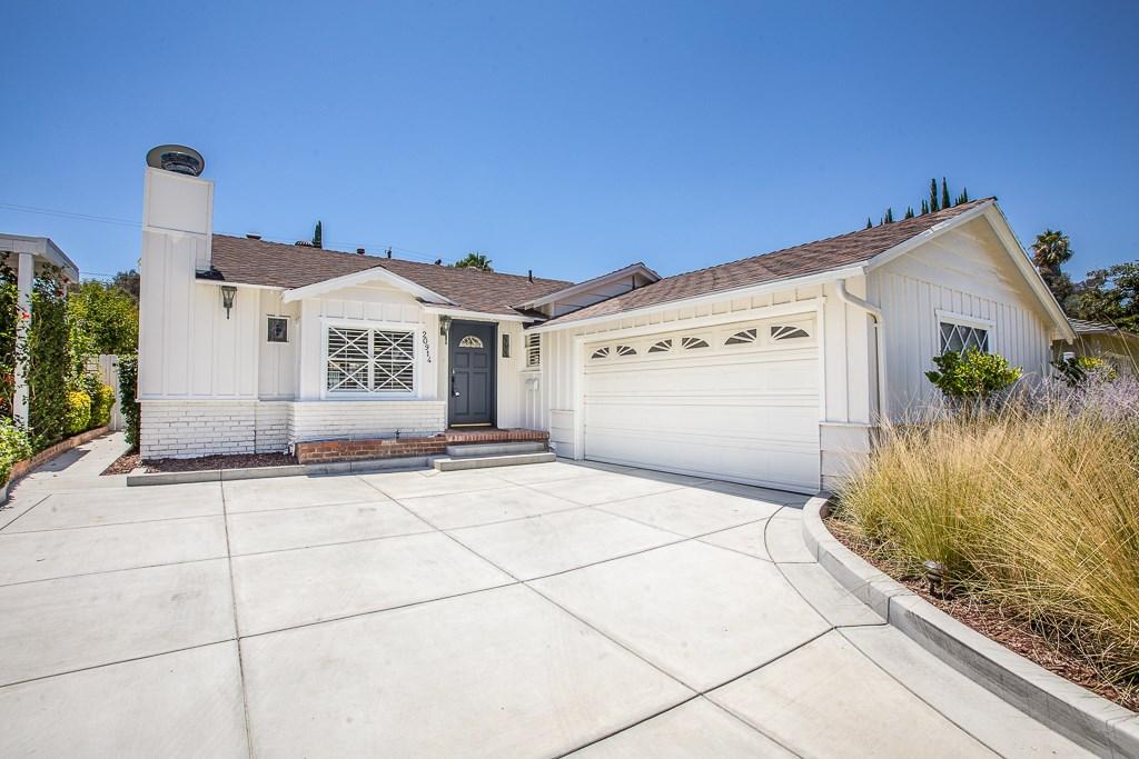 Photo of 20914 Avenue San Luis, Woodland Hills, CA 91364