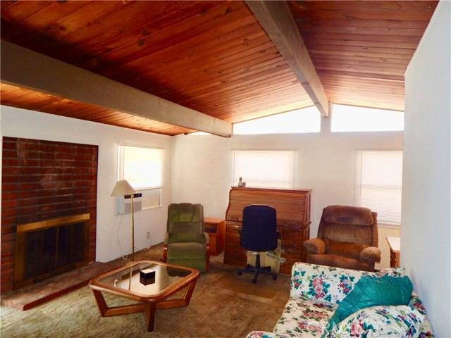 10027 Saloma Av, Mission Hills (San Fernando), CA 91345 Photo 4