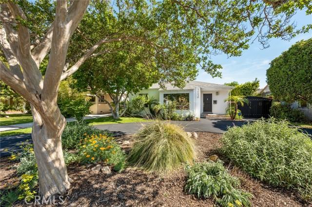 14318 Collins Street, Sherman Oaks, CA 91401