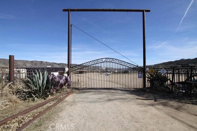 0 Vac/Cor Leona Ave/Giamillo Drive, Leona Valley, CA 93551
