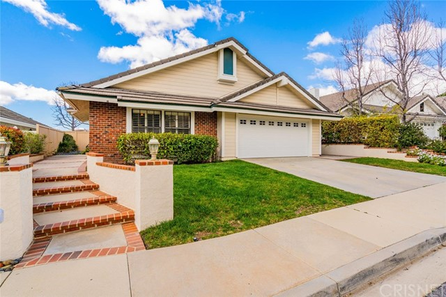 707 Oak Point Drive, Oak Park, CA 91377